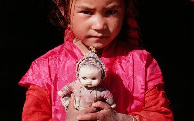 Bambina Kirghisa