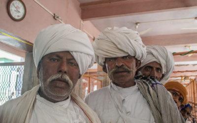 Pastori Rabari al tempio